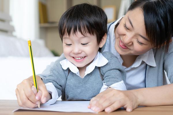 Вашето пълно ръководство за училище у дома