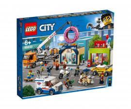 Конструктор ЛЕГО City Town 60233 - Отваряне на магазин за понички