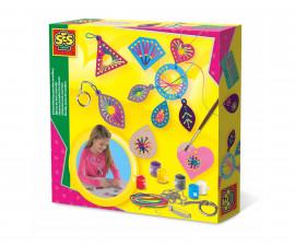 Детска играчка за шиене, плетене и бродиране - СЕС - Дървени фигури с бродиране